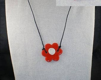 Col013 - Orange and White Flower necklace