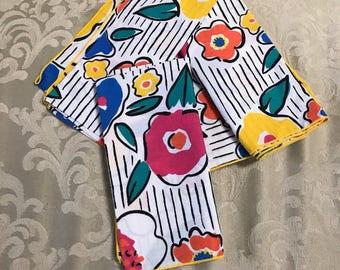 Vintage Napkins, Cotton Napkins, Flower Napkins, Floral Napkins, White Napkins, Pink Napkins, Blue Napkins, Vintage Linens, Table Linens
