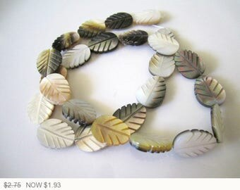 ON SALE Black Cream Leaf Mother of Pearl Beads Natural Mother of Pearl Leaves Bead Cream Mother of Pearl Cream Beads 16x12mm (2 pcs) 3V21