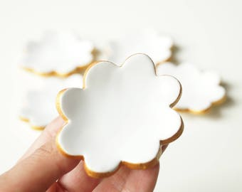 Wedding Favors, White Ceramic Cloud , 5 pieces, Guest Favors, Ceramics and Pottery