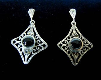 Pr of .925 Sterling Silver & Black Onyx Dangle Earrings 5.6g E2139