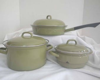 Avocado Enamelware Cookware Made in Italy ~ Le Creuset Style Cookware ~ Farmhouse Kitchen Cookware