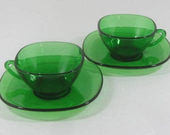 2 green glass cups and saucers, vereco tempered glass, Vereco green cups, 12cl, French vintage, retro dining, 1970's glassware,
