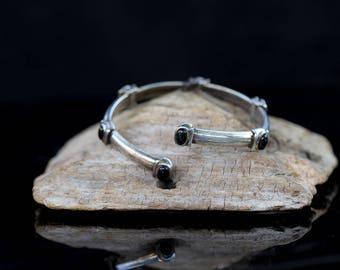"Sterling Silver Black Onyx Flexible Bracelet / size (7.5"")"