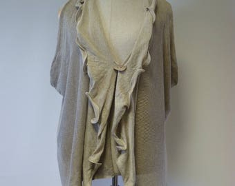 Artsy boho taupe linen vest, XL size. Made of pure linen.