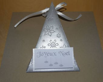 Triangle silver embossed snowflake box