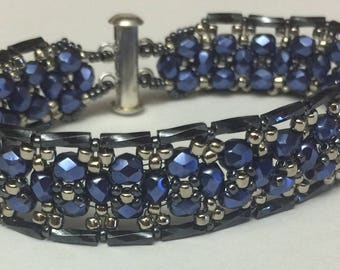 Tutorial: Olivia's Bracelet