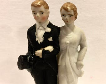 Vintage Bisque Wedding Cake Topper, Bride and Groom, Art Deco Wedding, Porcelain Bride and Groom, Mid Century Wedding, Made in Japan, 1940s