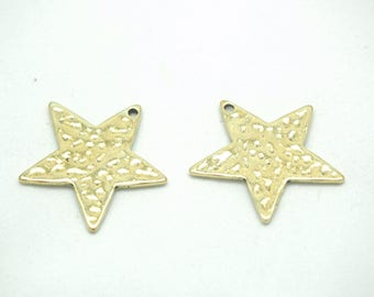 2 hammered antique gold metal 25mm star charms