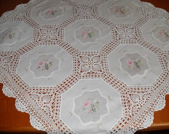 Very gentle hand  embroidered muslin cloth with lace-up lace-30 inches