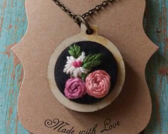 Bouquet Necklace