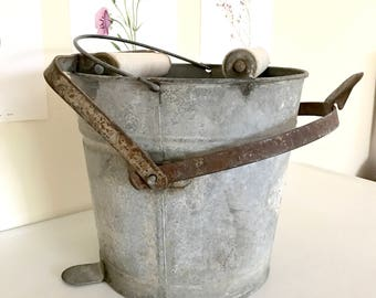 Galvanized Metal Mop Bucket / Vintage Mop Bucket / Galavanized Metal Pail