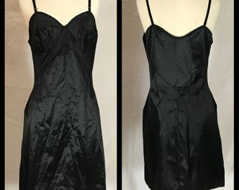 1960s Gaymode Black Non-Stretch Slip with Stretch Panel Shaped Waist - Size 36 Short