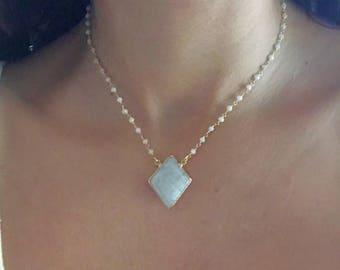Moonstone Necklace // Moonstone Gold Necklace // Moonstone Pendant Necklace // Moonstone Choker Necklace