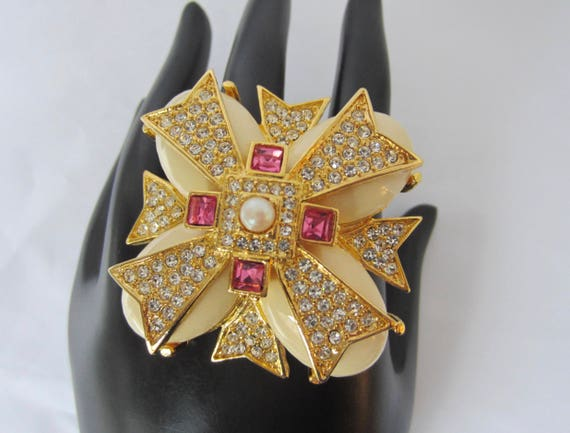 Joan Rivers signed dazzling PINK & clear crystal Maltese Cross ~wonderful, vintage costume jewelry
