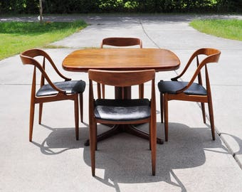 Rare Set Of 4 Teak Danish Chairs By Johannes Andersen, Mid Century Modern,  Labeled