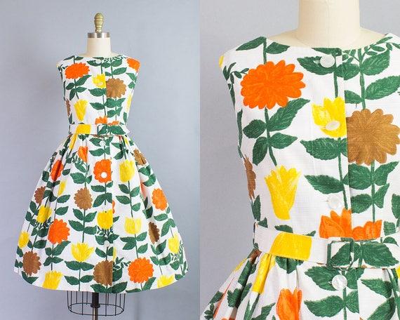 1950s Floral Dress/ Medium (37B/28W)
