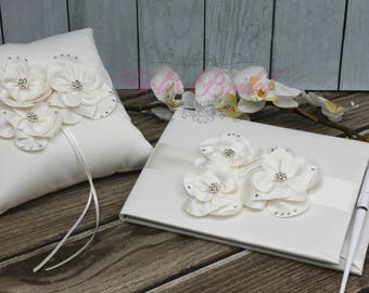FAST SHIPPING!! Gorgeous Guest Book and Ring Pillow Set, Ivory Guest Book, Vintage Guest Book, Wedding Guest Book, Ring Bearer Pillow