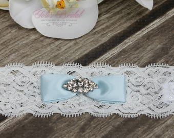 FAST Shipping!!!!  Blue, White or Ivory, Beautiful Wedding Garter, Bridal Garter, Garter,  Garter with brooche, Wedding Garter, Lace garter