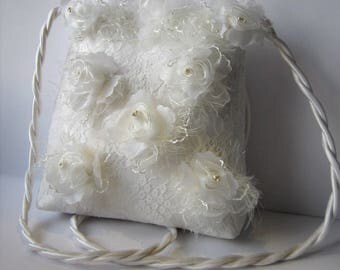 White Wedding Bag, Off White Wedding Purse, Lace Bridal Purse, Bridal Bag, White Satin Bag, Purse For Wedding, Lace Bridal Clutch, Lace Bag