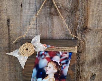 Rustic 5x7  Wood Frame. Rustic frame, wooden frame, rustic picture frame, distressed frame, twine frame, burlap flower, farmhouse frame