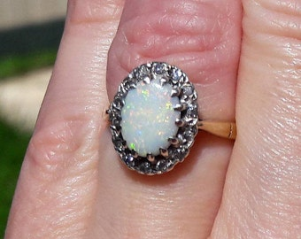 9ct Gold Opal and Diamond Cluster Ring