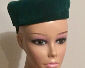 Vintage Hat Donnybrook New York Green Velvet Pillbox Hat