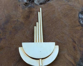 Vintage Brooch - Art Deco Style -