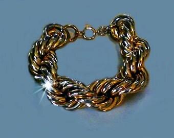 Ladies Vintage Old School Jumbo Rope Chain Gold Tone Twist Glamour Bracelet
