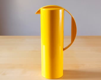 Yellow Rosti Denmark Melamine pitcher