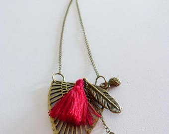 Bachelorette party gift box example: bronze necklace summer trend red bordeaux, shell and feather tassels
