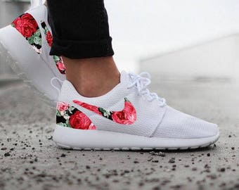 Nike Roshe Womens White Custom Red Pink Floral Design Fabric
