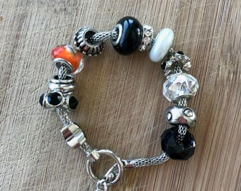 Black and White Bracelet, Charm Bracelet