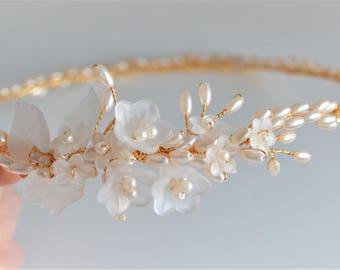 Gold hair circlet, Bridal headpiece, gold hair vine, leaf hair wreath, gold hairpiece, bridal flower crown, gold tiara, wedding headband