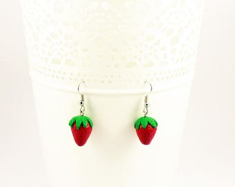 Strawberry - Strawberry fruit earrings in polymer clay