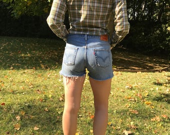 Vintage 1990s // Levis 501 Denim Cut-off Shorts // 100% cotton