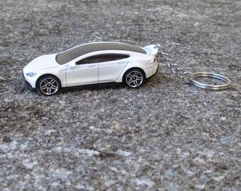 Tesla Model S keychain, Electric Car, Die Cast keychain, Sports Car, Mens or Womens keychain, Mens or Womens gift, Tesla sleutelhanger
