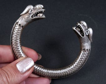 Vintage Chinese Bracelet.  Dragon Bracelet.  South East Asia.