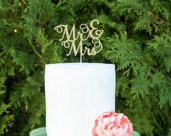 Mr and Mrs cake topper, personalized wedding cake topper, engagement cake topper, custom wedding cake topper, gold cake topper, vow renewal