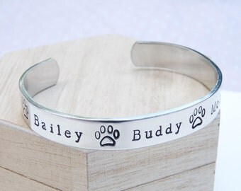 DOG LOVER BRACELET Family tree Jewellery Animal Owner Christmas Birthday Gift Ladies Womens Cuff Bangle Silver Paws Personalised For Her