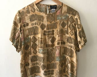 Vintage 90s Womens Patterned Boxy Top - Slightly Cropped Shirt Size Medium