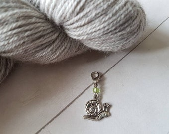 Snail Progress Keeper for Crochet -Stitch Marker for Knitting -Insect -Bug  -Planner Charm -Zipper Pull -Purse Charm -Knit -Crochet