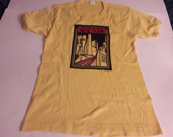 1970's New York Ringer T-Shirt - Art Deco Style Print,Yellow, Medium