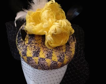 Yellow Hat, Raceday Fascinator, Racing Hat, Melbourne Cup Hat, Racing Hat, Fascinator, Racing headpiece, Womens/Ladies Hat - AMELIA