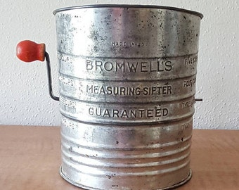 Bromwell 5 Cup Tin Flour Sifter with Red Handle 1950s Farmhouse decor