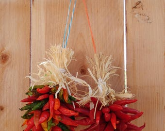 Free shipping! Fresh Christmas Wreath, Ristras, chili arbol, Christmas ornaments, unique holiday gifts, red chili handmade wreaths ornaments