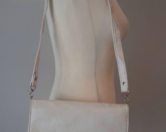 80s Leather Like Shoulder Bag / White Bag / Removable Strap / Envelope Clutch