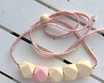 Teething necklace for mom - nursing necklace for mom - breastfeeding necklace for mom - new mom gift - baby shower gift