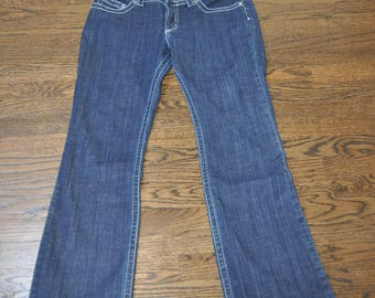 Women's Thrifted Jeans, Women's Lee Jeans, Size 10 Medium Jeans, Blue Jeans, Women's Clothing, Gift for Her, Denim, Size Medium Jeans