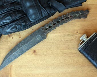 Hand forged knife made of motorcycle chain